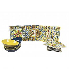 Set of Modern Colored Square Plates in Porcelain 18 Pieces - Estate