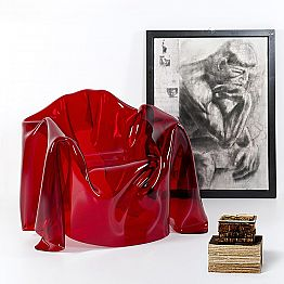 Red plexiglass armchair with a modern design Paris, made in Italy