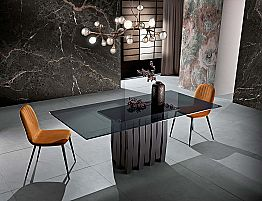 Dining table in glass and solid wood made in Italy, Egisto