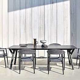 Extendable outdoor dining table H 75 cm, modern design Link Varaschin